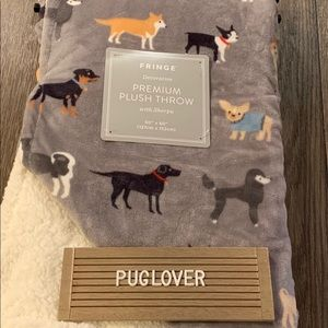 New! Dog Patterned Plush Blanket with Sherpa 🎁